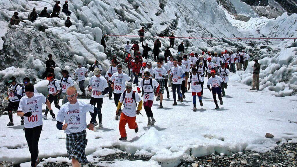 A Maratona Everest é uma das maratonas mais difíceis do planeta.