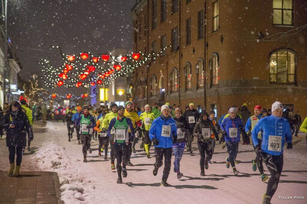 A Noite Polar é uma das maratonas mais difíceis do mundo. Uma das maratonas mais difíceis do mundo.