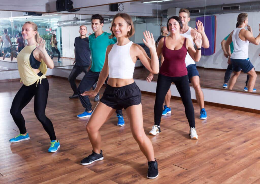 Esportes que combinam dança e exercícios