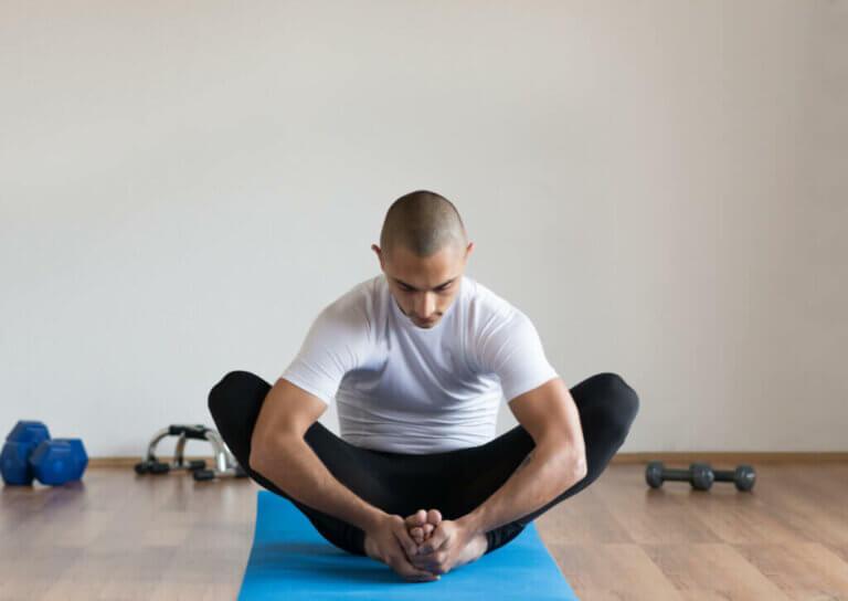 A importância do alongamento depois de exercitar os músculos