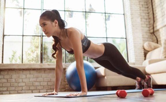 Kadınlar İçin Evde Egzersiz Rutini