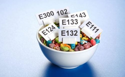 renkli kahvaltılık gevreğin içerdiği katkı maddeleri