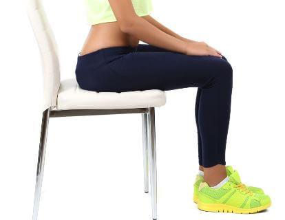 Otururken bacak kaldırma