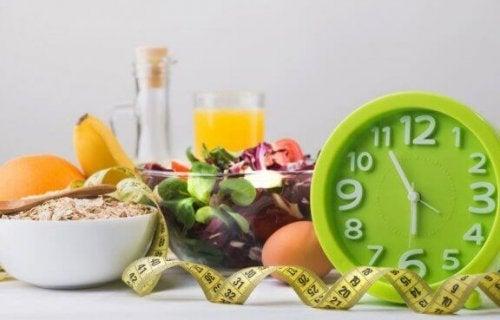 saat, metre ve diyet yiyecekler