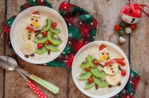 meyve dekorlu sütlaç