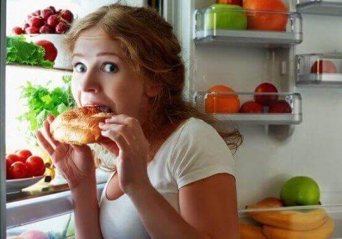Açlığı Kontrol Etmek İçin Altı Öneri