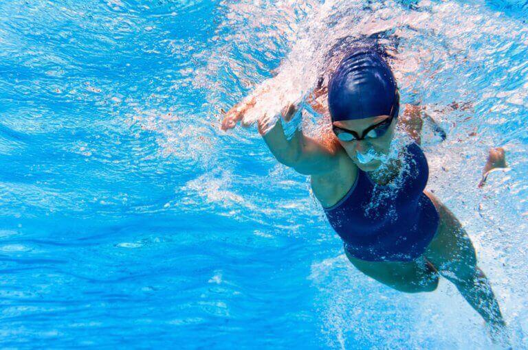 olimpik spor olarak yüzme