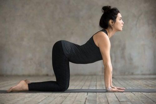 Bel Ağrısına İyi Gelen Hareketler: 4 Yoga Duruşu