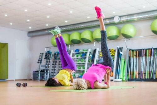 Evde Yapılan Karın Egzersizleri