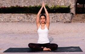 Beden ve Ruhu Birleştirmek için Dört Yoga Dalı