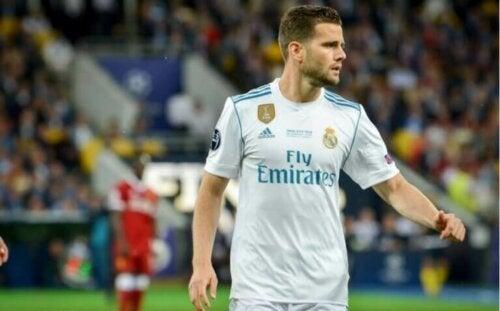 İspanya profesyonel futbol ligindeki ünlü bir futbolcu