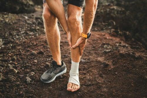 Kaval Kemik Kırığı: Belirtileri ve Tedavileri