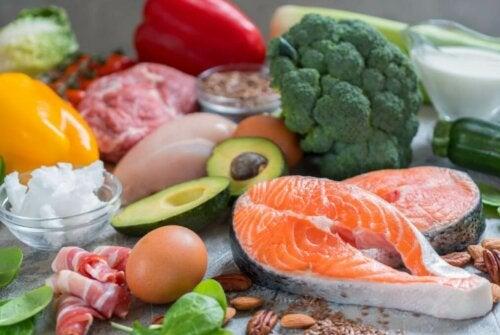 balık ve sebzeler