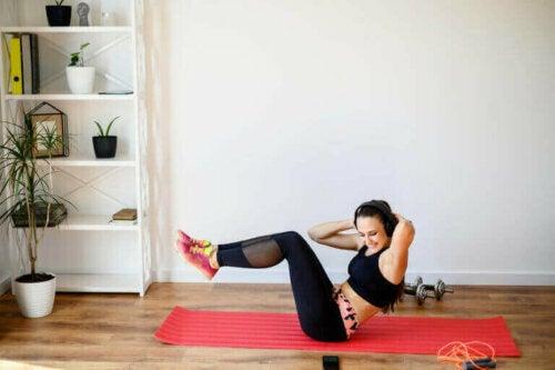 Evde Yapabileceğiniz Kolay CrossFit Egzersizleri