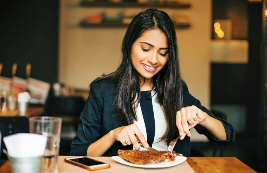 Yeni Sağlıklı Kahvaltı Tarifi: Elmalı Halka Pankek