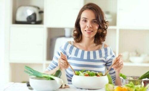 """""""Süper Gıda"""" Ürünleri: Pazarlama Stratejisi mi Gerçek mi?"""