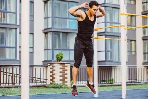 Jimnastik: Evde Kendi Ağırlığınızla Yapabileceğiniz Egzersizler