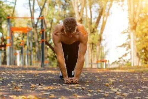 Kollarınızı ve Göğsünüzü Güçlendirmek İçin Kertenkele Egzersizleri