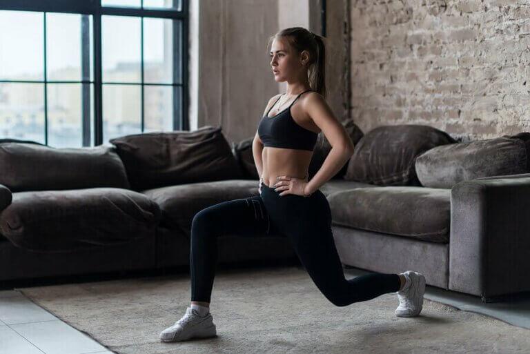 Kalça ve Bacak Kaslarını Geliştirmek İçin Lunge Egzersizi