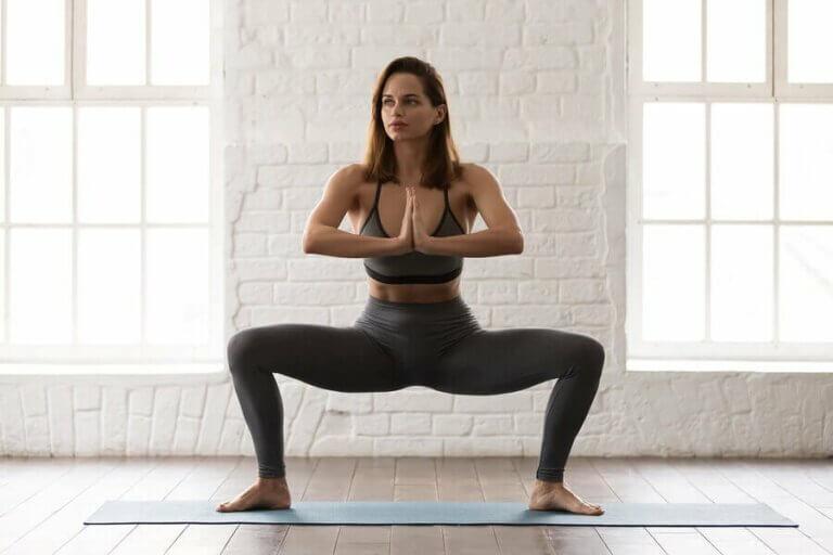 Sumo Squat: İç Bacak Güçlendirmenin Harika Bir Yolu