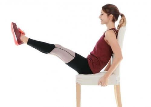 Şınav ve Karın Kası Egzersizleriyle Dinamik Antrenman Rutini