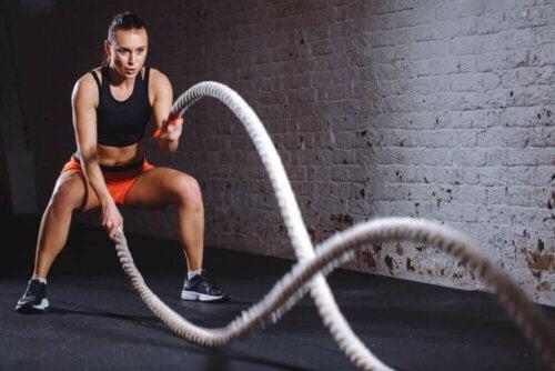 Battle Rope her tür egzersiz için harika bir tamamlayıcı haline geldi.
