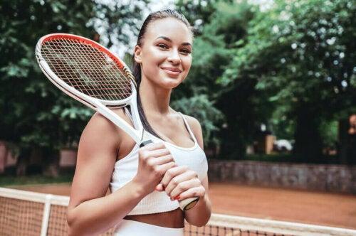 raket tenis kadın