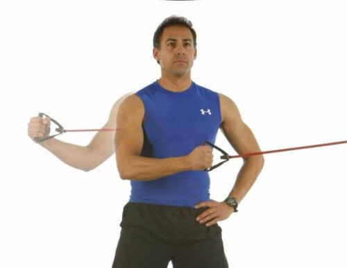 Rotator manşet, yeterince egzersiz yapmazsak yaralanma eğilimindedir.
