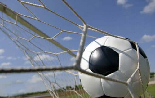 Futbol Tarihinin En İyi Forvetleri