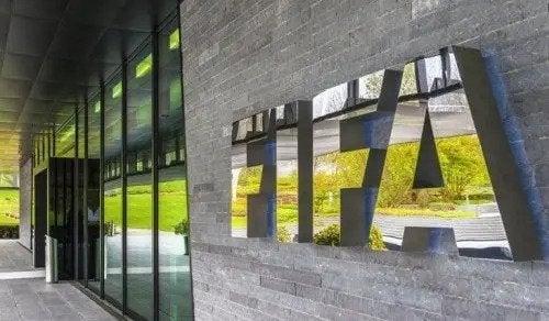FIFA: Dünya Futbolunun Doruğundaki Yapı
