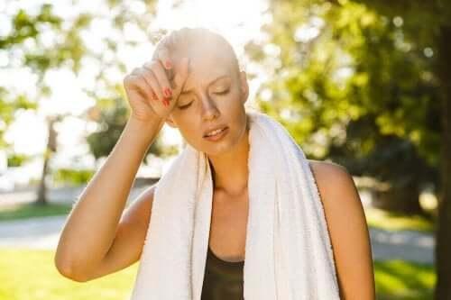 Sıcakta egzersiz yaparken dikkatli olun.