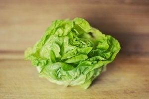 Lettuce leaves.
