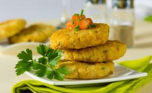 A plate of cauliflower patties.