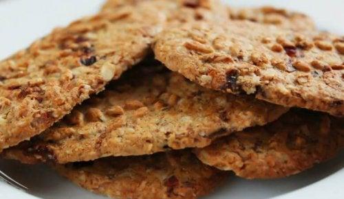 Oats crackers sesame