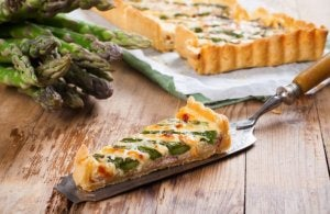 Quiche using asparagus