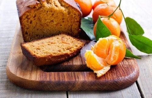 Orange sponge cake with wholemeal rye flour.