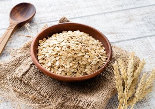 Oatmeal can help you with gaining muscle mass