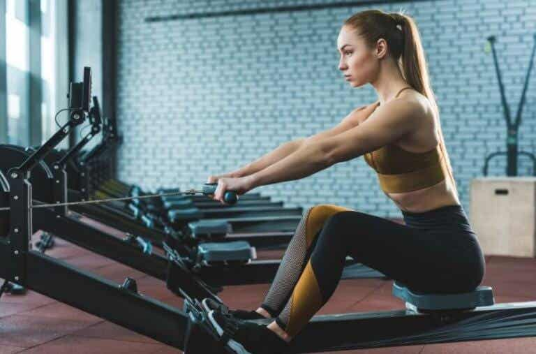 12 Exercises to Do With a Rowing Machine