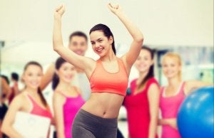 Woman doing exercise in group.