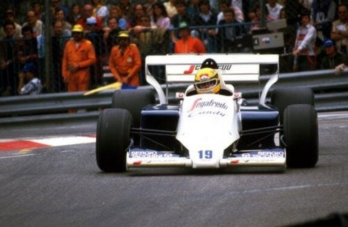 Senna and Prost first met in an exhibition at the Hockenheim German circuit.