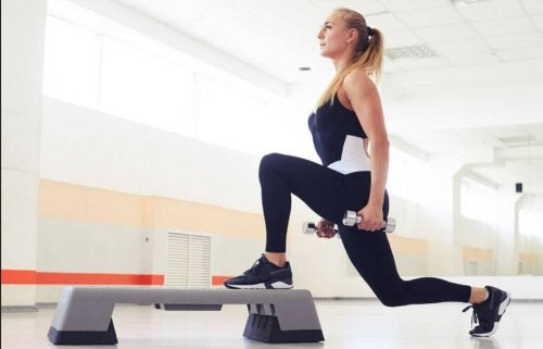 Step lunge with weights.