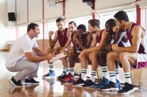 basketball plays zero step, basketball coach