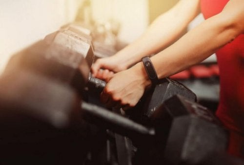 Dumbbell exercises are great to grow muscle