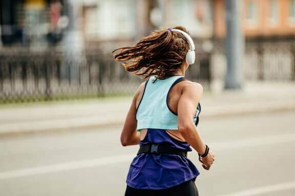 City or Mountain Running? Advantages and Disadvantages