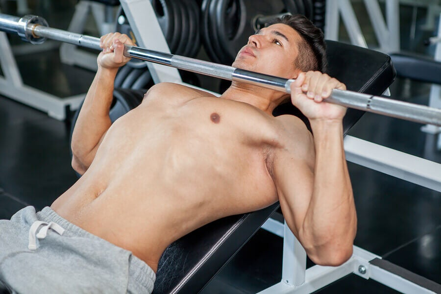 How to do a Chest Press and See Good Results