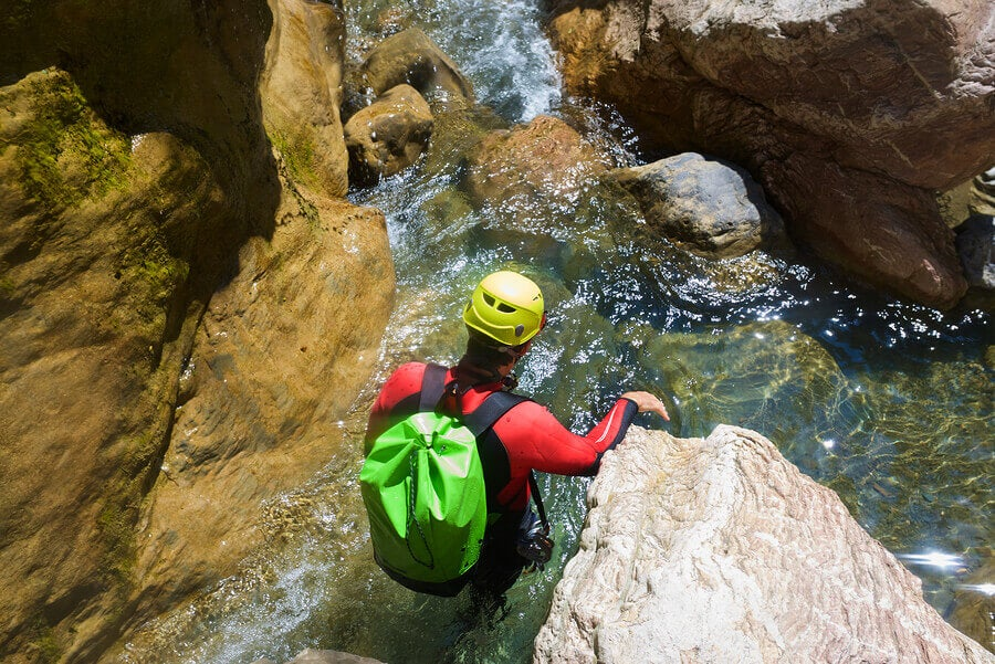 canyoning gloves