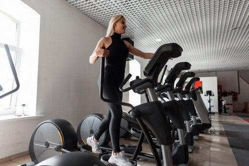 The Top 5: Gym Equipment for a Trim Waist
