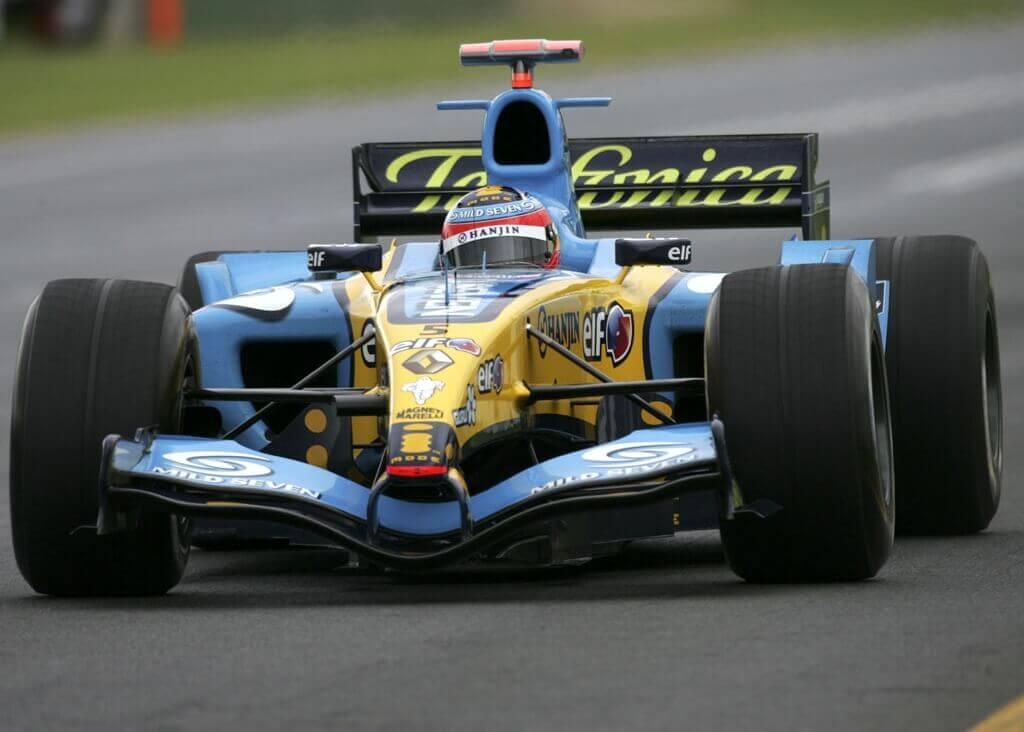 Fernando Alonso drove the Renault R25.