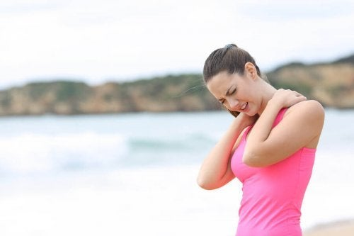 A woman wondering about the effectiveness of stretching.