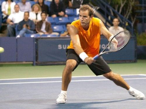 A photo of Pete Sampras playing tennis.